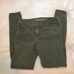 American eagle army green jegging skinny jeans 4